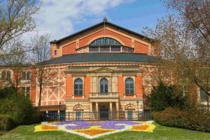 Bayreuth Festspielhaus. 9